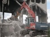 ТРАНСМЕТАЛ - Услуги - Разушаване на сгради